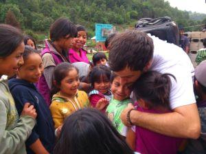 Apapachos con niñas comunidad