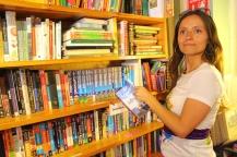en la librería encontrando las guías